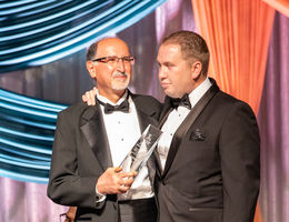 Cardiothoracic surgeon Razzouk earns Outstanding Clinician Award
