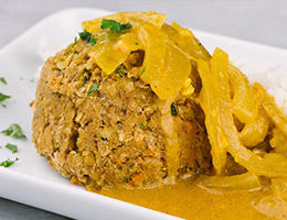 """""""Meatballs"""" with Thai Curry Sauce"""